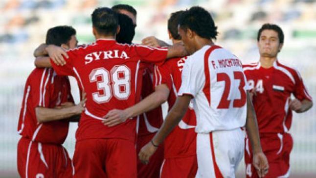 مشاهدة مباراة سوريا وعمان بث مباشر اليوم الخناجر العمانية تلاقي نسور قاسيون في ملحمة رهيبة