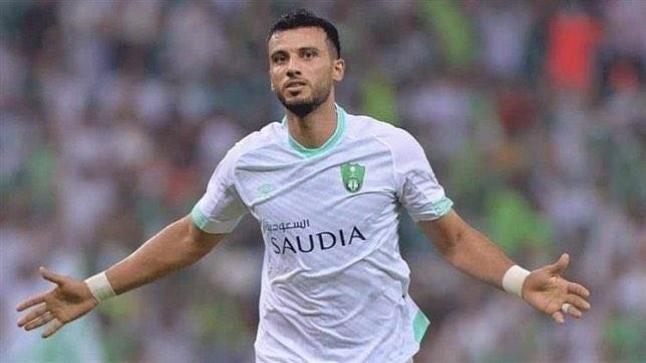 """عمر السومة يطلب الرحيل من الأهلي السعودي: """"استفيدوا ماديا قبل المغادرة مجانا"""""""